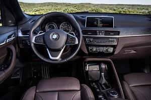 BMW X1 2015 volant