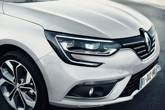 Renault Megane Sedan signature lumineuse
