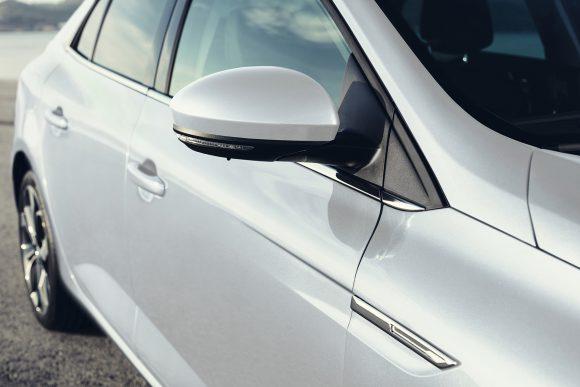 Renault Megane Sedan rétros