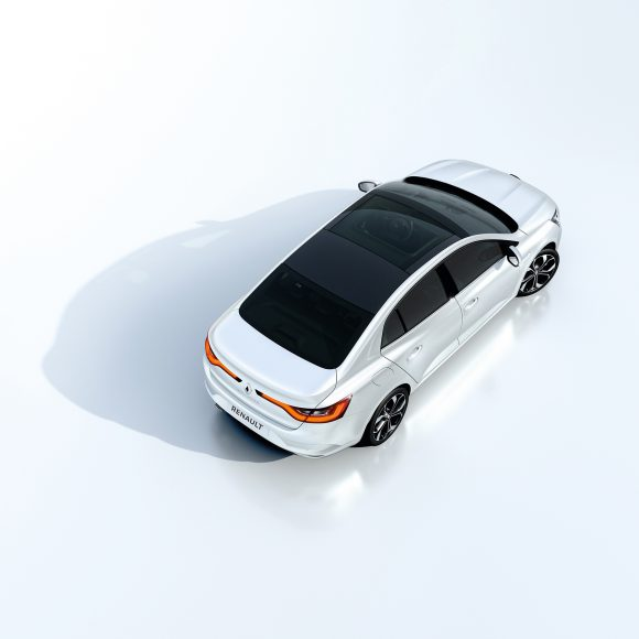 Renault Megane Sedan toit vitré
