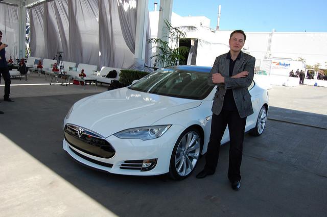 Elon Musk et Tesla S