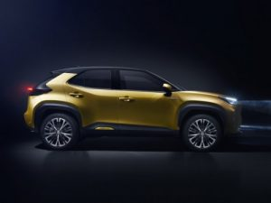 toyota-yaris-cross-profile- droit